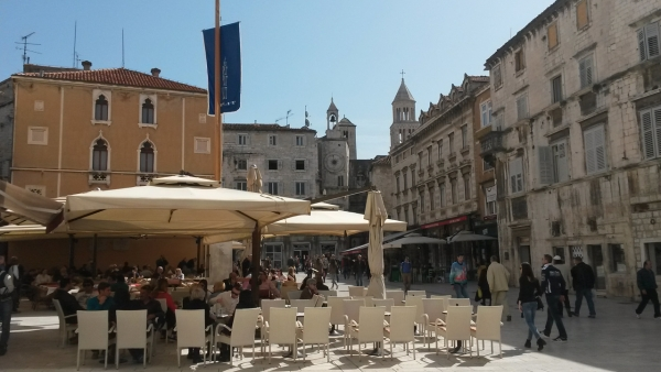 GRAND HISTORY TOUR (Diocletian's Palace & Old Town+Croatia in Communism 1945-1990 & Homeland War for Independence 1991-1995)-4h